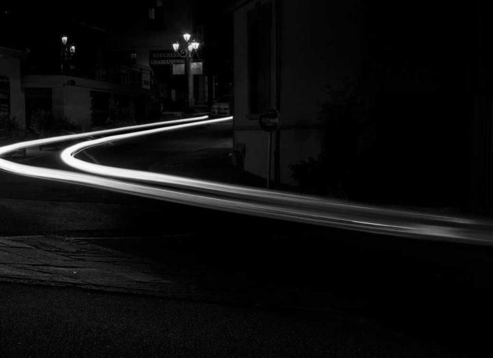 Célérité de la lumière - Hors Sentiers